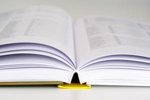 book-1836434_640